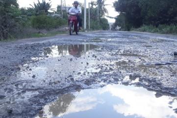 Cao tốc Đà Nẵng-Quảng Ngãi thất hứa hoàn trả đường công vụ