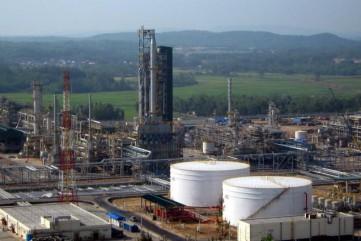 2020 lọc dầu Dung Quất bảo dưỡng, tăng trưởng kinh tế của Quảng Ngãi chỉ 2%