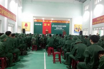 Quảng Ngãi: Lễ giao nhận quân không quá 25 phút