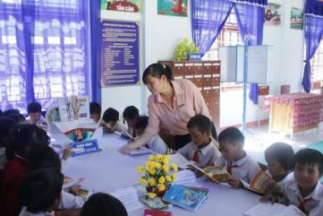 Quảng Ngãi: Truy tìm kẻ giả văn bản cho học sinh nghỉ học