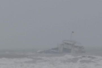 Trục vớt thành công tàu chở hàng gặp nạn trên biển