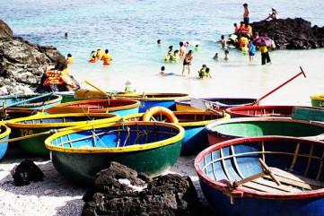 Đi Thuyền Thúng Ngắm San Hô Ở Đảo Bé – Lý Sơn