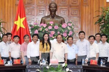 Thủ tướng Nguyễn Xuân Phúc làm việc với tỉnh Quảng Ngãi