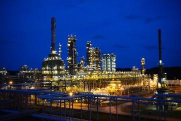 Lọc Hóa dầu Bình Sơn lãi ròng hơn 2.900 tỷ đồng sau 6 tháng