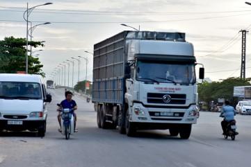 Đề xuất kiểm tra ma túy tài xế chở dăm gỗ về cảng Dung Quất