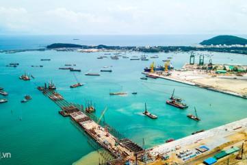 Cho phép Hòa Phát nhận chìm 15 triệu m3 vật chất xuống biển Dung Quất
